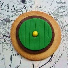 Here's a brilliant set of Hobbit Cookie Ideas. Get immediate inspiration for how to decorate some amazing Tolkien inspired cookies and biscuits...