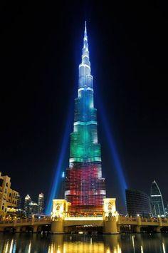 A very rare and beautiful picture of Burj Khalifa, Dubai