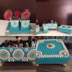 Monte sua penteadeira com lindas peças em azul turquesa . Aceitamos encomendas em outras cores.