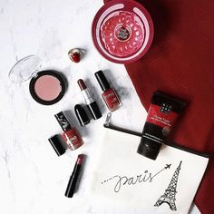 Red make-up flatlay