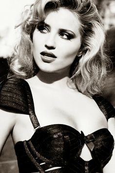 Dianna Agron Sweet god of mercy she is a BABE!! <3 I want to marry her!