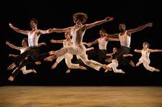 Richard Alston Dance Company in Roughcut (photo by Chris Nash)