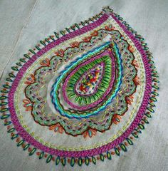 Grand Sewing Embroidery Designs At Home Ideas. Beauteous Finished Sewing Embroidery Designs At Home Ideas. Bordados Paisley, Paisley Embroidery, Crewel Embroidery, Embroidery Applique, Beaded Embroidery, Cross Stitch Embroidery, Machine Embroidery, Embroidery Designs, Silk Ribbon Embroidery