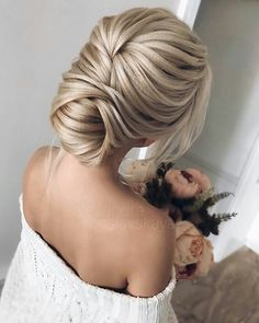 The best ideas of beautiful graduation hairstyles - .- The best ideas of beautiful graduation hairstyles – photo news - My Hairstyle, Bride Hairstyles, Pretty Hairstyles, Vintage Hairstyles, Hairstyles Haircuts, Hairstyle Ideas, Elegant Hairstyles, Bridesmaids Hairstyles, Classic Hairstyles