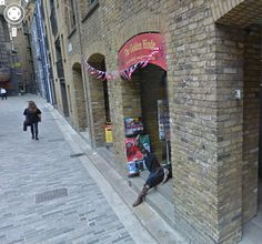 Google Street View captures a pirate!