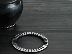 Base para tacho de aço inox VIPP268 by Vipp | design Morten Bo Jensen