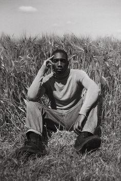 Dark Skin Boys, Male Portraits, Man Photography, D D Characters, Model Body, Black And White Portraits, Creative Photos, Art Model, White Man