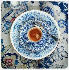 azulejos vintage old pattern bleu blue cobalt white