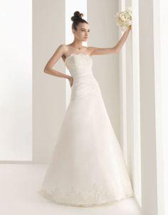 Chic A-line sleeveless tulle wedding dress=
