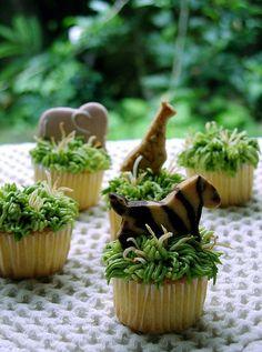 Super Cute Cupcakes | safari cupcakes - super cute idea!