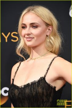 Sophie Turner Goes For A Lacy Look at Emmy Awards 2016: Photo #3763693. Sophie…