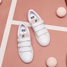FILA Low-Top Folder x FILA Court Deluxe Pink White limited edition Fira