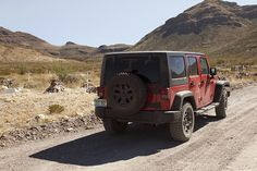 A trip across America to discover the spectacular images of the Ghost Towns of the United States onboard Jeep® Wrangler  #offroad #wrangler #ghosttowns #freedomlovers http://www.jeep-people.com/en/?m=ghost-towns