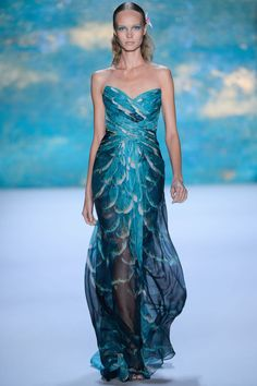 Monique Lhuillier Spring 2013 Ready-to-Wear Collection Photos - Vogue