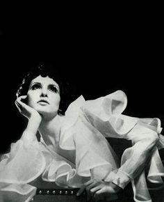 Cathee Dahmen by David Bailey for Vogue UK, 1968.