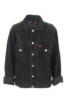 Veste en jean délavée Vintage  veste en jean oversize chez Be Bop & Lula Boutique de vêtements vintage en ligne Livraison gratuite à partir de 75€ Showroom à Lille au 23 rue Jacquemars Giélée, métro République.