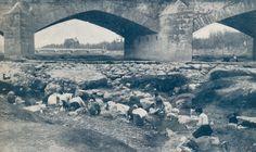 1916, El puente del Mar, sobre el cauce del Turia (Foto Gómez Durán)