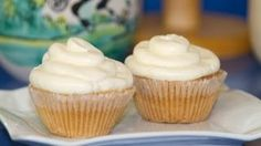 Buttercream de Merengue Italiano, via YouTube.