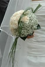 rose, gypsophila, bear grass modern bouquet