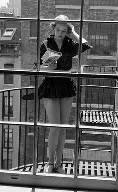 Oltre 1000 immagini su real style su pinterest marilyn for The balcony book