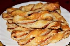 Pizza Snacks, Finger Foods, Bacon, Meat, Chicken, Breakfast, Hampers, Lasagna, New Years Eve