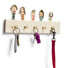 Father's Day Craft: Family Key Keeper | Spoonful