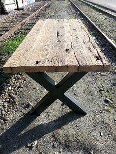 www.steigerhoutvannu.nl maakt tafels op maat