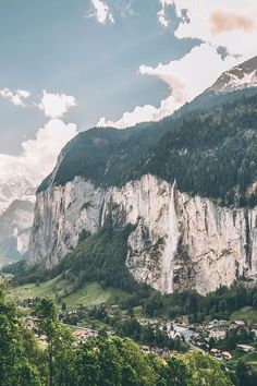 Lauterbrunnen just may be the most gorgeous place in Switzerland! Explore the 10 Most Beautiful Places in Switzerland to add to your Switzerland itinerary - Enjoy the Switzerland summer like never before by clicking through to www.avenlylanetra... #switzerland #avenlylane #avenlylanetravel #switzerlanditinerary #europetravel #europe #bucketlist