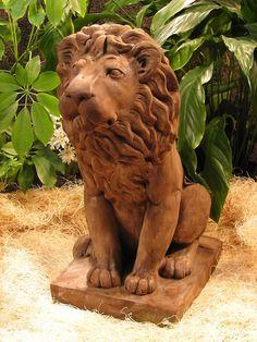 Male Lion Garden Statue