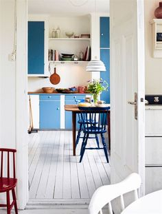 Kitchen - Swedish summer house - Via Hus & Hem
