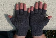 Free 4ply fingerless gloves knitting pattern