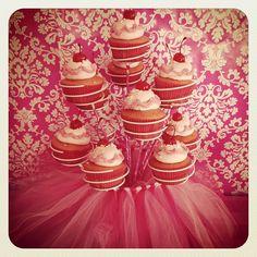 Pinkalicious birthday party cupcakes