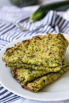 Cuketové tortilly | Hodně domácí Fast Healthy Breakfast, Breakfast Snacks, Vegetarian Breakfast, Vegetarian Recipes Easy, Healthy Salad Recipes, Healthy Drinks, Healthy Snacks, Low Carb Recipes, Cooking Recipes