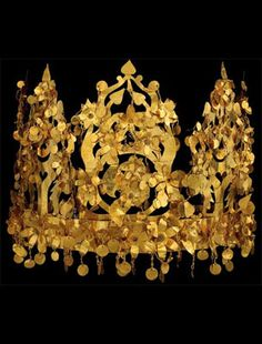 Gold crown, circa 0 CE, Tillya Tepe (Afghanistan), National Museum of Afghanistan (the crown is collapsible)