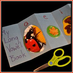 Make this long vowel project using just one piece of construction paper on Book Lovers Day! #Westcottbrand #craft