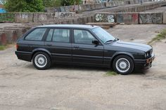 #BMW #325i #Touring #E30 #Mtech2 #Mtechnic2 Bmw E30 Touring, Auto Design, Bmw 3 Series, Bmw Cars, Vw Beetles, Sweet Memories, Cars And Motorcycles, Luxury Cars, Cool Cars