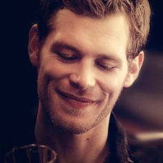 Joseph Morgan who portrays Klaus in The Vampire Diaries and The Originals.might have known the devil would have dimples! Joseph Morgan, Cami And Klaus, Klaus And Caroline, Klaus The Originals, Vampire Diaries The Originals, Don Draper, Robert Downey Jr, Klaus Tvd, Klaus Vampire