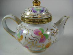 Vintage Teapot Shaped Trinket Box w/Hinged Lid Baum Bros