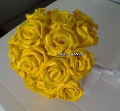 Buquê de flores em EVA para Noivas Tamanho: 21 x 27 cm  #casamento #buquenoiva #buque #minibuque #madrinhas #daminhas #eva