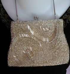 cream-color-bead-night-bag-model