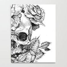Skull And Rose Drawing, Black Pen Drawing, Black And White Art Drawing, Black Pen Sketches, Black And White Sketches, Dark Art Drawings, Pencil Art Drawings, Art Drawings Sketches, Cool Skull Drawings