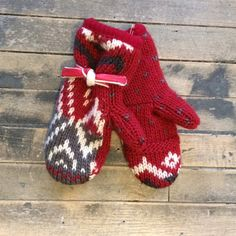 Textura Vintage Wool Mittens - Bella Funk Boutique