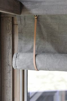 Handmade Home Decor interior design services # blinds and blinds Blinds For Windows, Curtains With Blinds, Diy Blinds, Privacy Blinds, Blinds Ideas, Fabric Blinds, Window Blinds, Roll Up Curtains, Patio Blinds