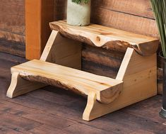 Aspen Furniture Ideas Aspen Half Log Stepping Stool For Home Furniture Ideas With Wood Flooring Garden Furniture Design, Unique Furniture, Wooden Furniture, Furniture Projects, Furniture Plans, Furniture Decor, Wood Projects, Woodworking Projects, Furniture Stores