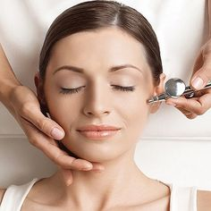 Best Oxygen Facial Treatment in Dubai & Abu Dhabi best if you are need the spa facial then must be visit on Dynamic Clinic we are providing the Best treatments. Skin Care Treatments, Facial Treatment, Facial Before And After, Oxygen Facial, Hair Transplant, Skin So Soft, Acne Scars, Abu Dhabi, Clinic