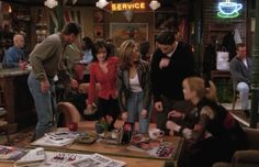 Every Outfit Rachel Ever Wore On 'Friends', Ranked From Best To Worst: Season 2