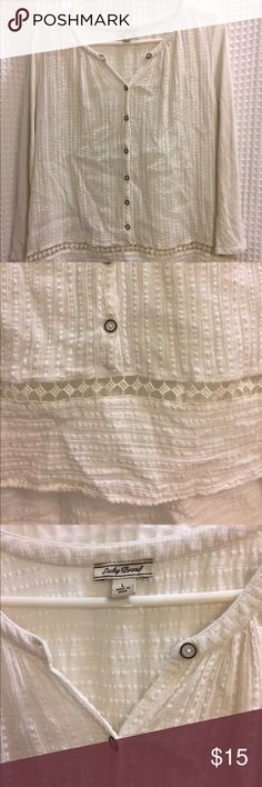 Lucky brand essential peasant top size large Essential peasant top featuring a split crew neck, long sleeves, mixed materials and vintage-inspired details. EUC, 60% cotton 40% rayon, Size large. Lucky Brand Tops Tunics