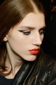 #Beauty #CatEye #fashion #Style #joy #ss #trends #makeup #black #fancy #ladylike #sexy #pin #like #share #board #follow #EyeLiner