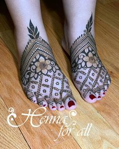 Mehndi is used for decorating hands of women during their marriage, Teej, Karva Chauth. Here are latest mehndi designs that are trending in the world. Legs Mehndi Design, Stylish Mehndi Designs, Latest Bridal Mehndi Designs, Full Hand Mehndi Designs, Mehndi Designs Book, Mehndi Designs For Girls, Mehndi Designs For Beginners, Mehndi Design Photos, Wedding Mehndi Designs