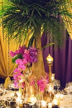 Table de mariage, gold, purple, palmier, bougie